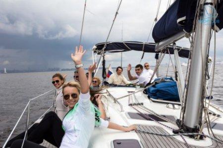 Молодой питерский яхт-клуб Capitanes