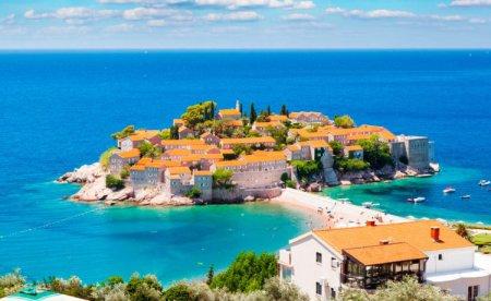 Менеджер по туризму: советы по отдыху в Черногории