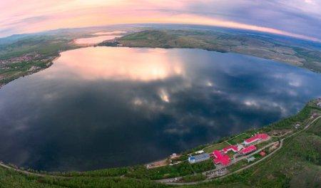 Озеро Банное – лучшее место для семейного отдыха